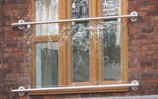 The 'Franklyn' juliette glass balcony