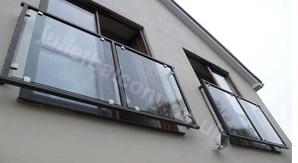 photo: Mirage Glass Balcony in black