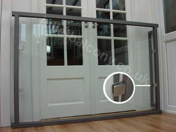 photo: Glass Juliet Balcony with fixing plate