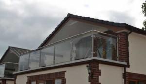 Glass balustrade at Forest Park Lodges