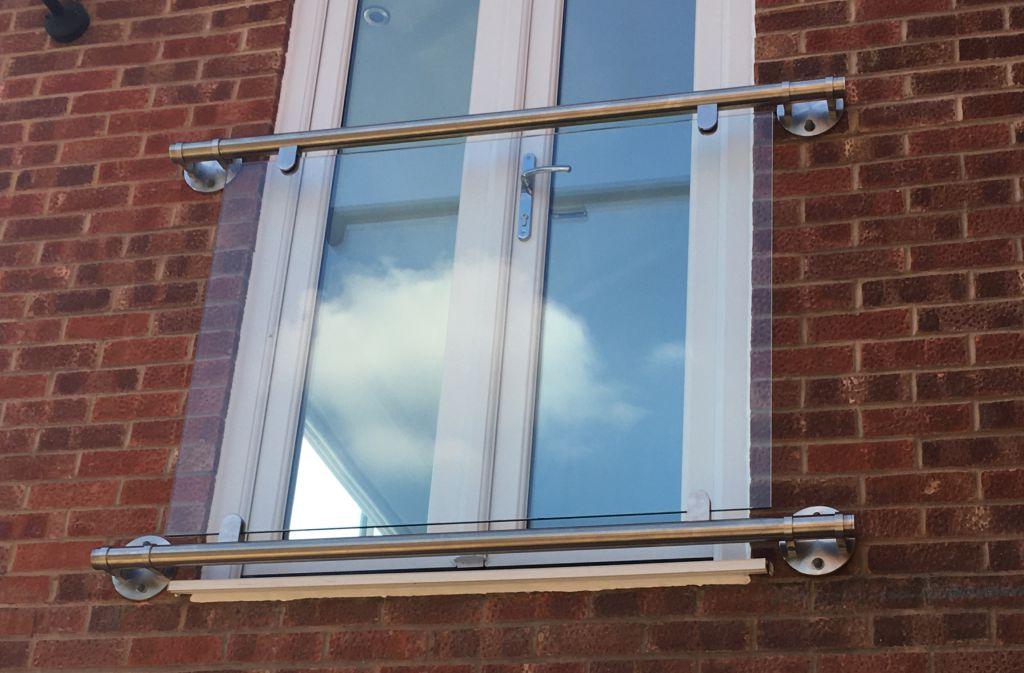 photo:'Franklyn' glass juliet balcony