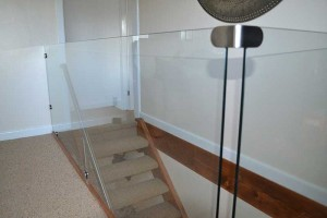 Glass-stair-guard-3