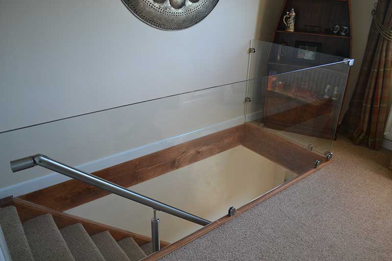 photo: glass stair guard