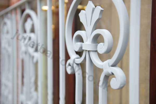 photo: Heritage European style balcony