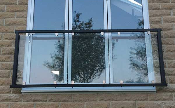 photo: Mirage glass balcony