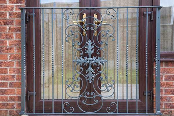 photo: Parisian French style juliet Balcony