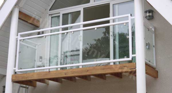 mirage glass balcony in white