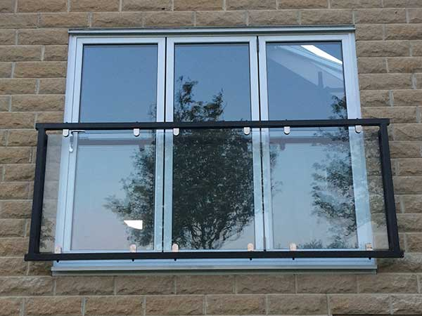 Glass juliet balconies made to order from 372 inc vat for Balcony with glass